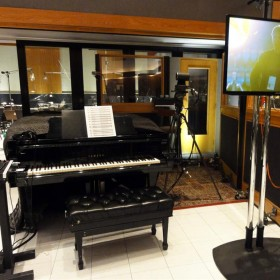 DPA Mics on Academy Awards' Piano
