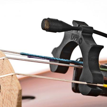 DPA d:screet 4061 Omni Mic on Violin