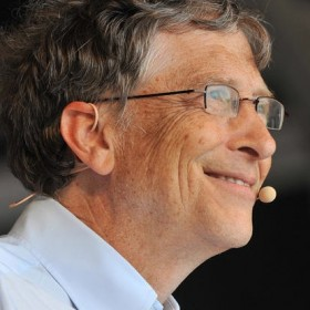 Bill Gates using DPA's d:fine Headset Microphone