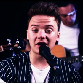 Conor Maynard and the DPA d:facto™ II Vocal Microphone Live
